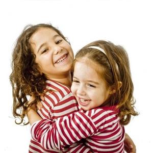 1346709369_sister1